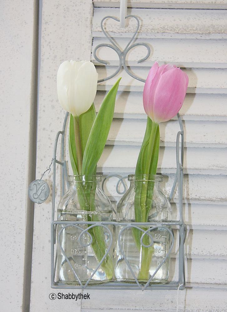 korb aus zink mit 2 flaschen f r blumen vase zum aufh ngen 25 x 11 5 cm ebay. Black Bedroom Furniture Sets. Home Design Ideas