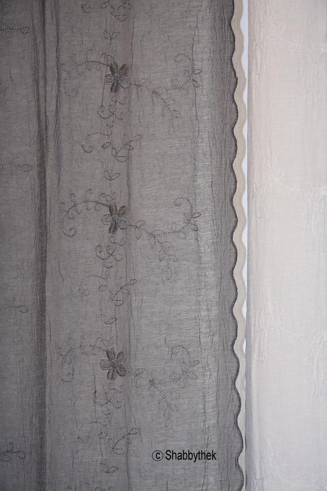 Gardine vorhangschal von van deurs shabby chic hellgrau for Vorhangschal kinderzimmer